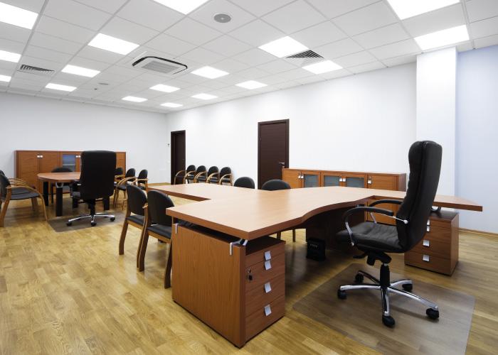 veex_zakazkova_vyroba_nabytku_rychle_dodani_galerie_komercni_prostory_kancelare
